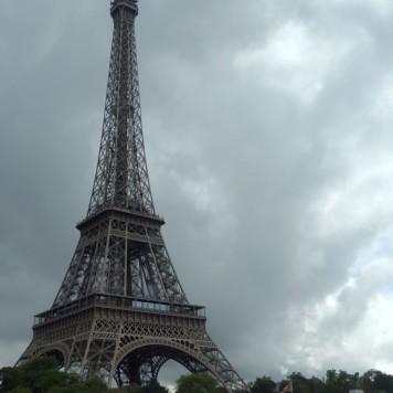 Tour Eiffel as seen from the Seine